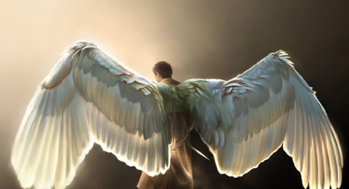 Ангел за спиной незнакомца - неожиданное известие о смерти высокопоставленного, благородного или просто известного вам лично человека.